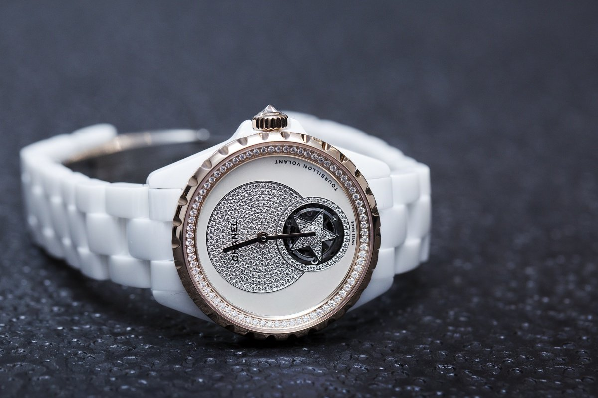 Chanel J12 Flying Tourbillon witte wacht Baselworld 2015 side