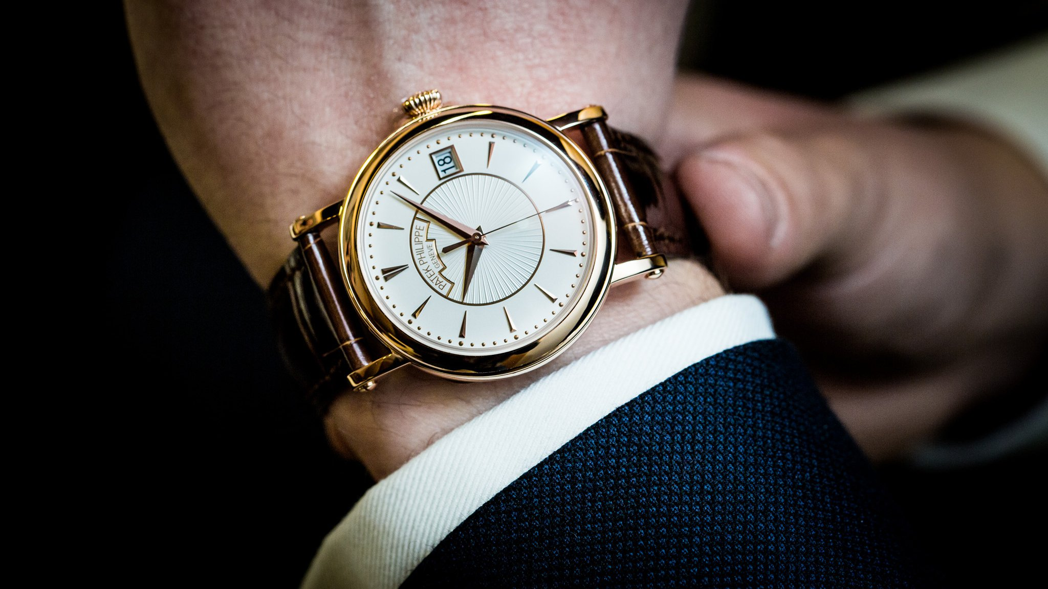 Looking at the 2015 patek philippe calatrava watch collection swiss