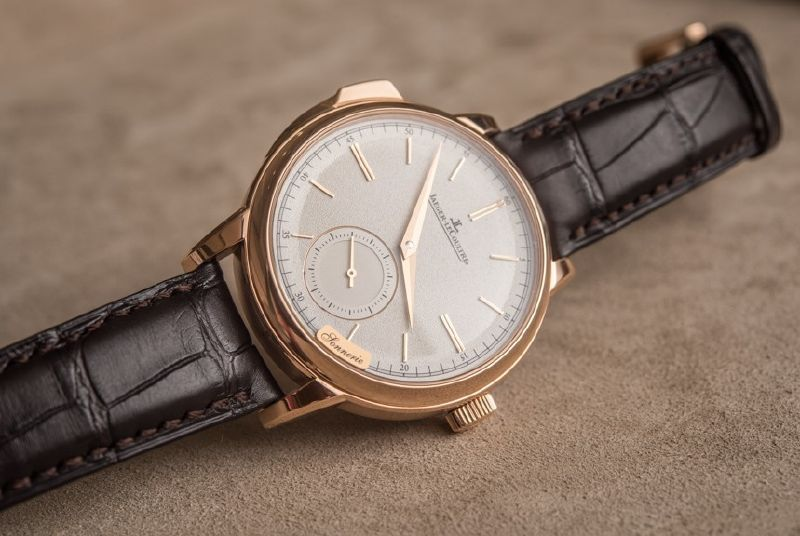 Side of Jaeger-LeCoultre Master Grande Tradition Minute Repeater watch