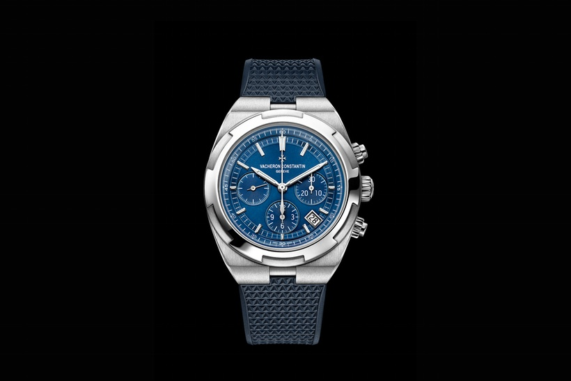 Front of Vacheron Constantin Overseas Chronograph Calibre 5200 watch