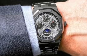 Audemars Piguet Royal Oak Perpetual Calendar Watch In Ceramic Hands-On Hands-On